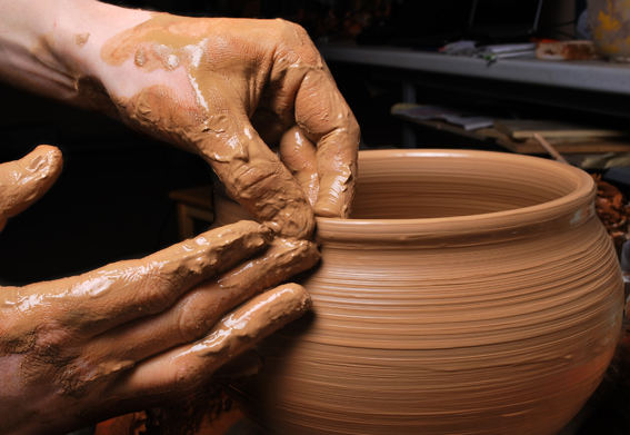 middle_east_business_news_pottery_steps
