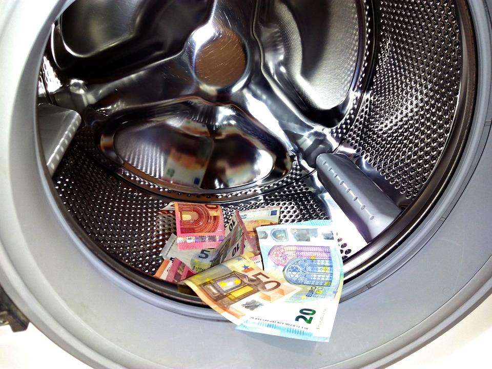 money-laundering-1952737_960_720
